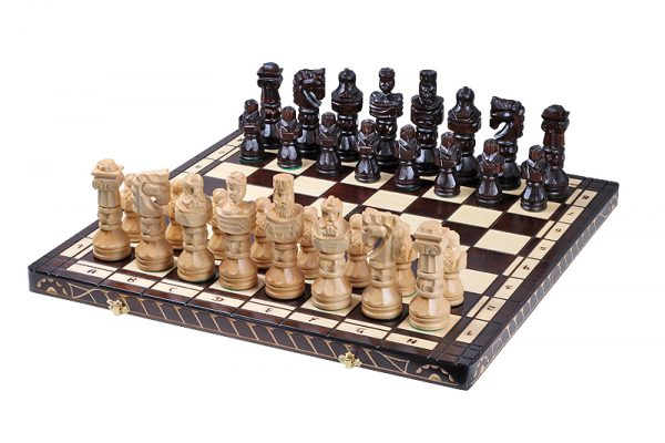 gladiator chess set