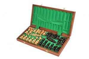 handmade debiut chess set