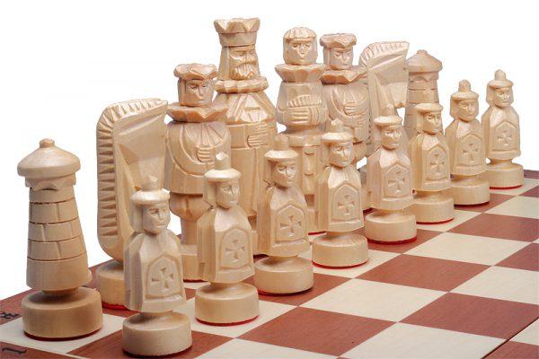 spanish chess set wooden