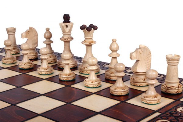 senator handmade chess set