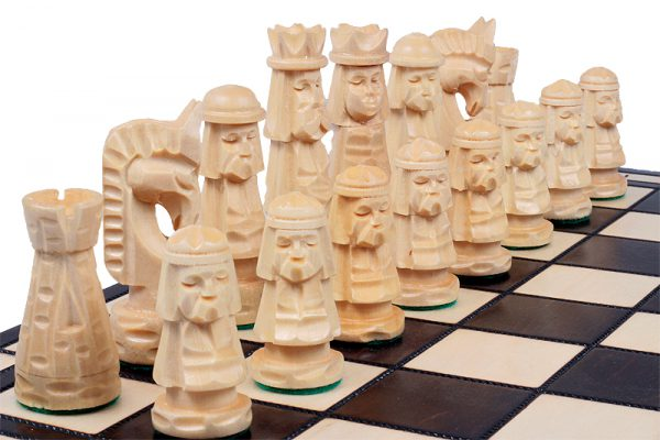 wooden chess giewont