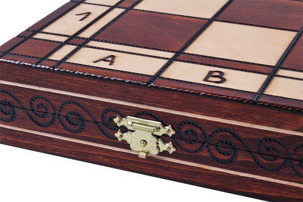 handmade wooden 19 inch chess set