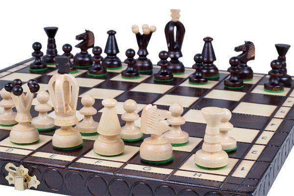 wooden king chess set medium