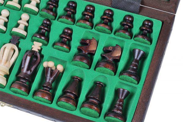 medium chess set king