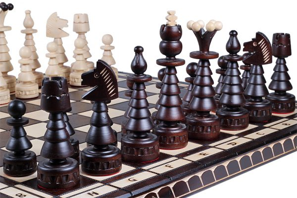 wooden chess set festive