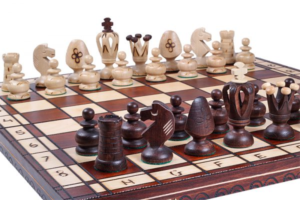 19 inch royal chess set wooden