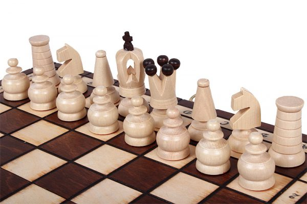 wooden classic chess set