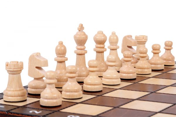11 inch wooden chess set
