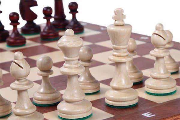 tournament chess folding