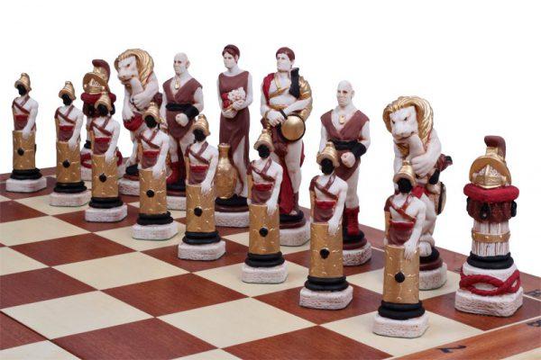 handmade spartacus chess