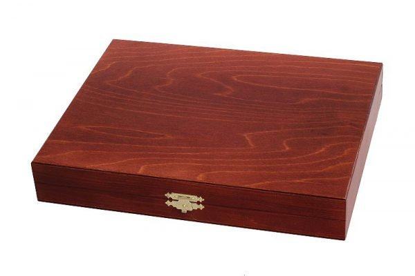 wooden chessmen case