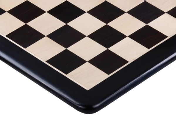 black Round Chess Board