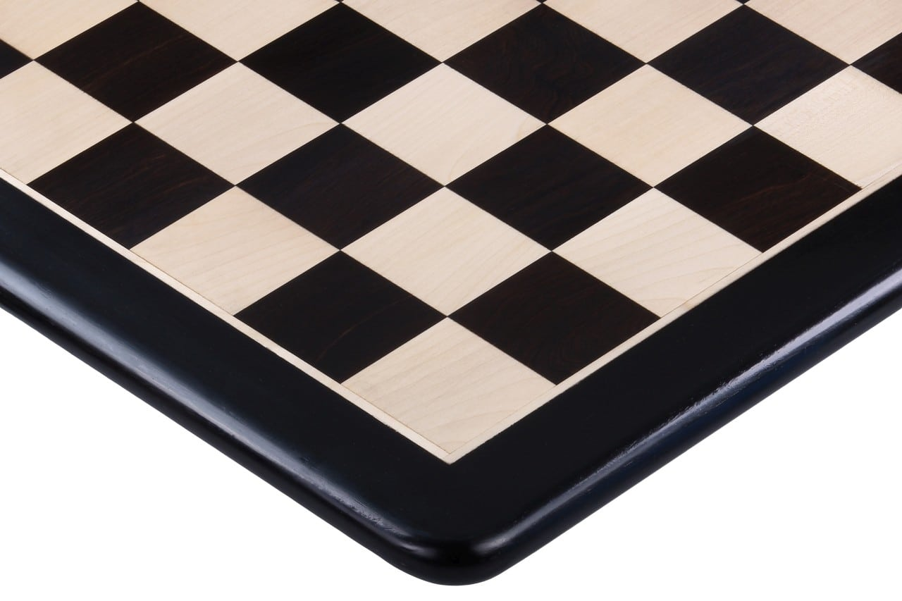 black Round Chess Board
